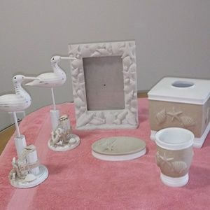 Other - 6 piece bathroom set. Sand and shells.